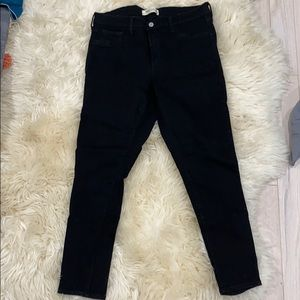 GAP easy legging jeans in black!